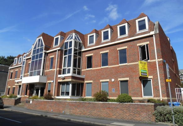 Offices to let in Watford